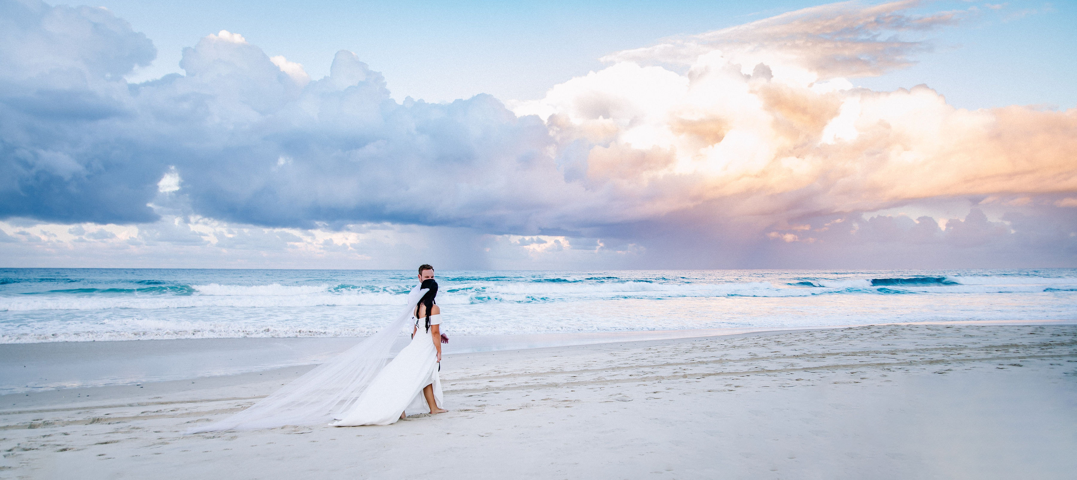 Beachfront weddings Gold Coast Australia